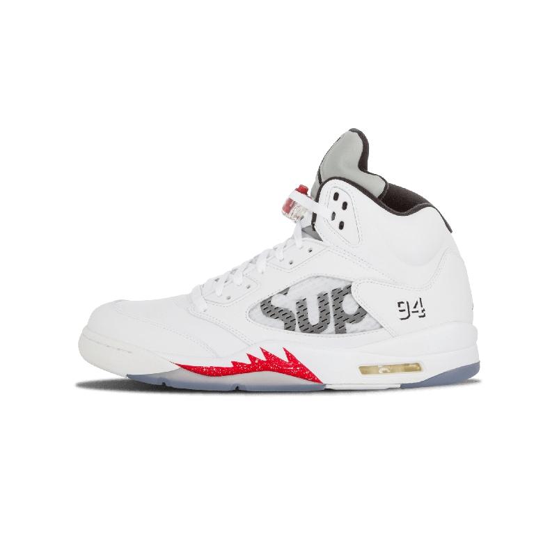 Supreme x Nike Air Jordan 5 メンズスニーカー ホワイト/レッド